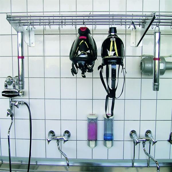 Solunum cihazları ve kimyasal koruyucu giysilerin temizlenmesi